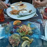 tartare de saumon et seiche à l'ail