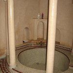 """La baignoire de la """"suite Shama"""""""