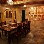 Préparation de dîner chez Dar Enesma