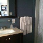 New Queen room bath