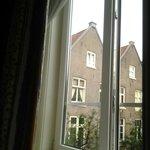 вид из окна. комната 9