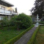 Tuin achter het hotel