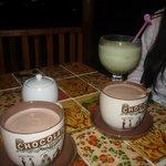 jugo y chocolatadas