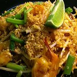 Pineapple Shrimp Padthai