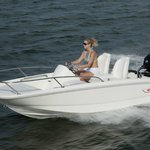 Do some exploring in our Boston Whaler 130 Super Sport Rental.