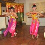 Barong dance night