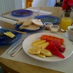 Great fresh fruit and coffee breakfast with home made bread