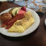 Ham and Cheese Omelette , Apple and Cin Muffin Bacon Fresh Fuirt