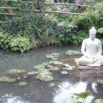 La statua (Giardini Heller)