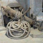Cuerdas y poleas para la construcción de la catedral antigua