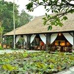Tunjung Restaurant