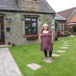 Front garden of Primrose Cottage