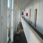 Vista del pasillo del segundo piso, ala norte
