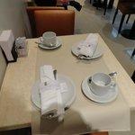 Mesa do café.