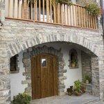 La Portada del Medievo - Javierregay - Pirineo Aragonés - Casa Rural / Apartamentos