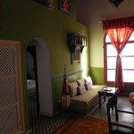 Suite lakhdar