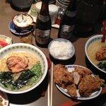 ramen et poulet frit