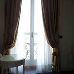 Room window/balcony