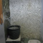 kamar mandi lantai 2