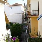 La rue vue du balcon
