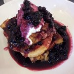 French Toast with berries and ricotta