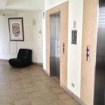 Pasillos y ascensores