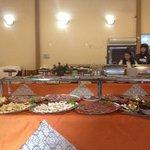 mesas de salgados, doces e tortas