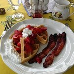 best waffles and bacon