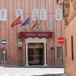 Nova Roma  |  Suarez Somonte 42 , 06800 Mérida, España