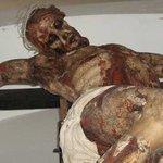 Scultura in legno del Cristo crocifisso.