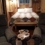 Cabin 5 - double bed and recliners