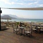 bar sulla spiaggia dove si può consumare la colazione