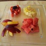 ...e se chiedi un po' di frutta ecco cosa succede...