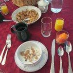 Granola & frozen fruit compote
