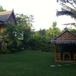 Garden with bungalow and relax areas