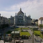 View from the breakfast room to Astridplein