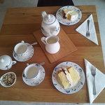 Victoria sponge and Tea