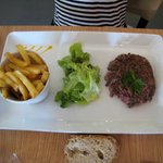 menu enfant plat principal:viande savoureuse