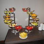 Desayuno con frutas Atton