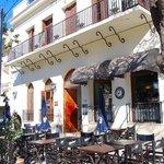 Caravati Cafe + Resto