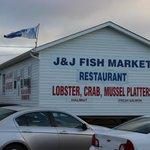 J & J Fish Market
