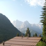 foto delle Dolomiti del Brenta dal balconcino della camera