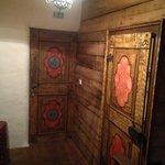 Urige Zimmer- und Badezimmertüre