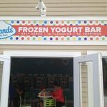 Islands Frozen Yogurt