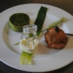 cipolla bionda astigiana ripiena di verdure e sformato di fagiolini...