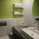 The bathroom (room 303)