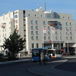 Sokos Hotel Vantaa and also the bus nro61 to airport