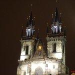 Belíssima igreja, não deixem de visitá-la. fica na praça do relógio.