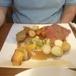 roast beef sunday dinner - delicious