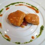 Joues de lotte, sauce armoricaine, quatre tomates à l'ancienne